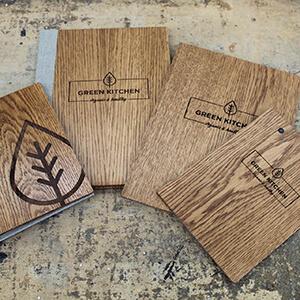 Bald erhältlich: Speisekarte aus Holz