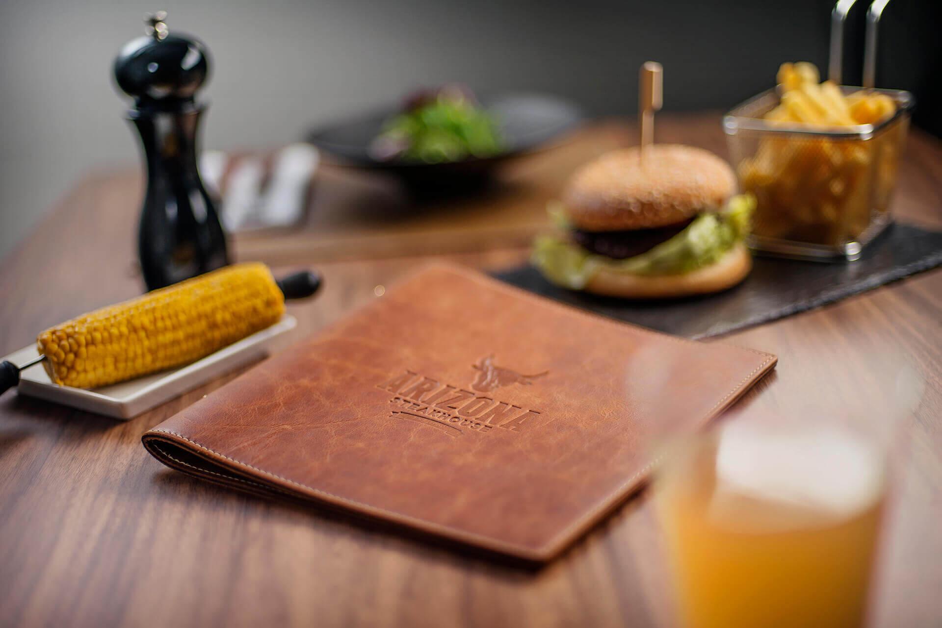 Der Bestseller - unsere Softcover Speisekarten im Steakhouse-Design